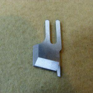 Нож обрезки ткани B4145-530-BOO Juki 5420