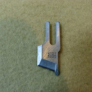 Нож обрезки ткани B4121-522-ООО Juki 5420