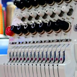 Как ухаживать за промышленной швейной машиной